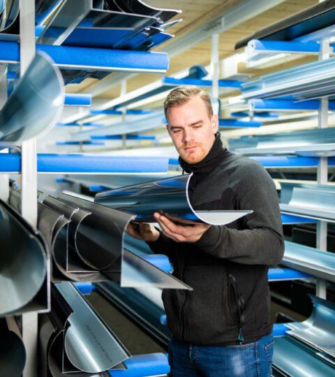 Over De Zonweringfabriek Buitenzonwering Elektrisch Zonnescherm, Op Maat Gemaakte Knikarmschermen Elektrisch Bediend (9)
